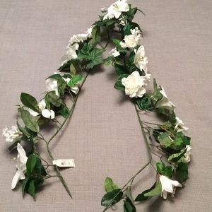Six Feet Gardenia, Lily & Ivy Garland Faux Flowers